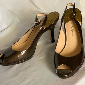 Cole Haan Carma air Nike sling back. Size 8.